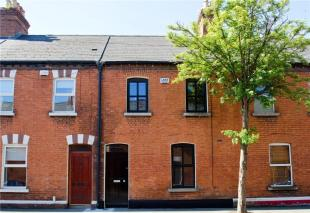 3 bed Terraced home in 13 Josephine Avenue...