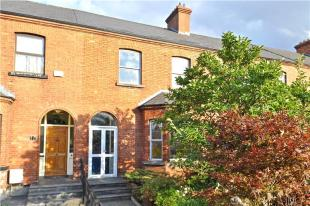 3 bedroom Terraced house for sale in 15 Botanic Road...