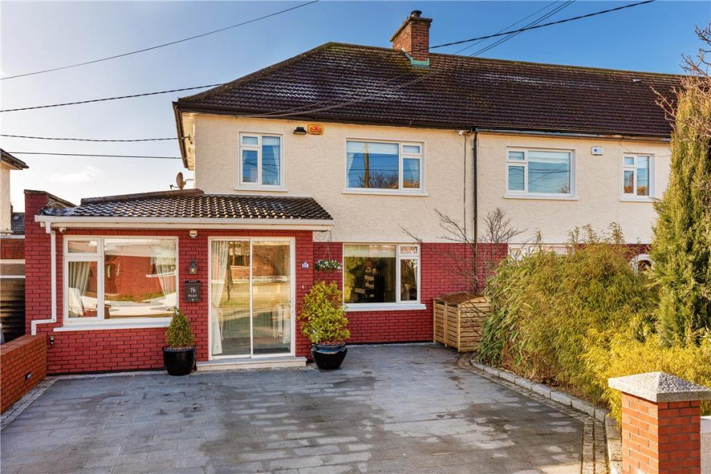 semi detached house in 17 Sycamore Park...