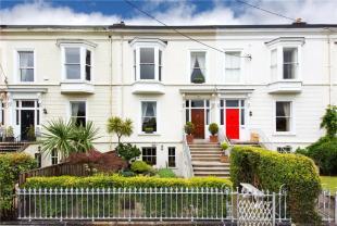 4 bedroom Terraced house in 7 Royal Terrace East...