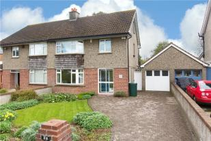 3 bed semi detached home for sale in 28 Castle Park...