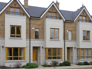 Terraced house in 170 Trimbleston...