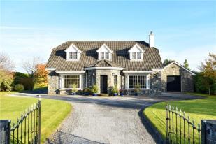 4 bedroom Detached home for sale in Windsor Lodge...
