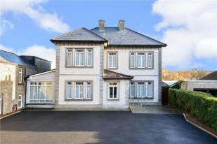 9 bed Detached home for sale in 25 Sea Road, Galway