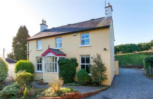 6 bed Detached house for sale in Alba, Convent Road...