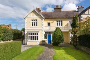 4 bedroom semi detached house for sale in Fernhurst, Hillside Road...