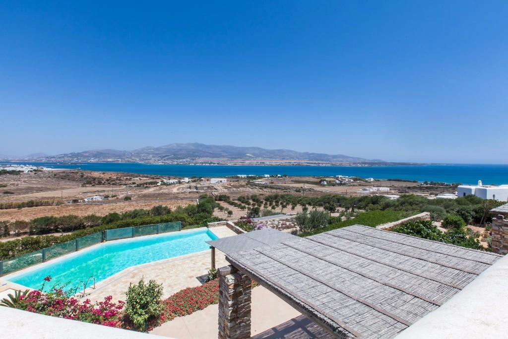 5 bed Detached home for sale in Antiparos...