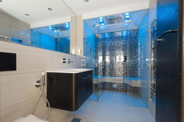 En-suite - Spa room