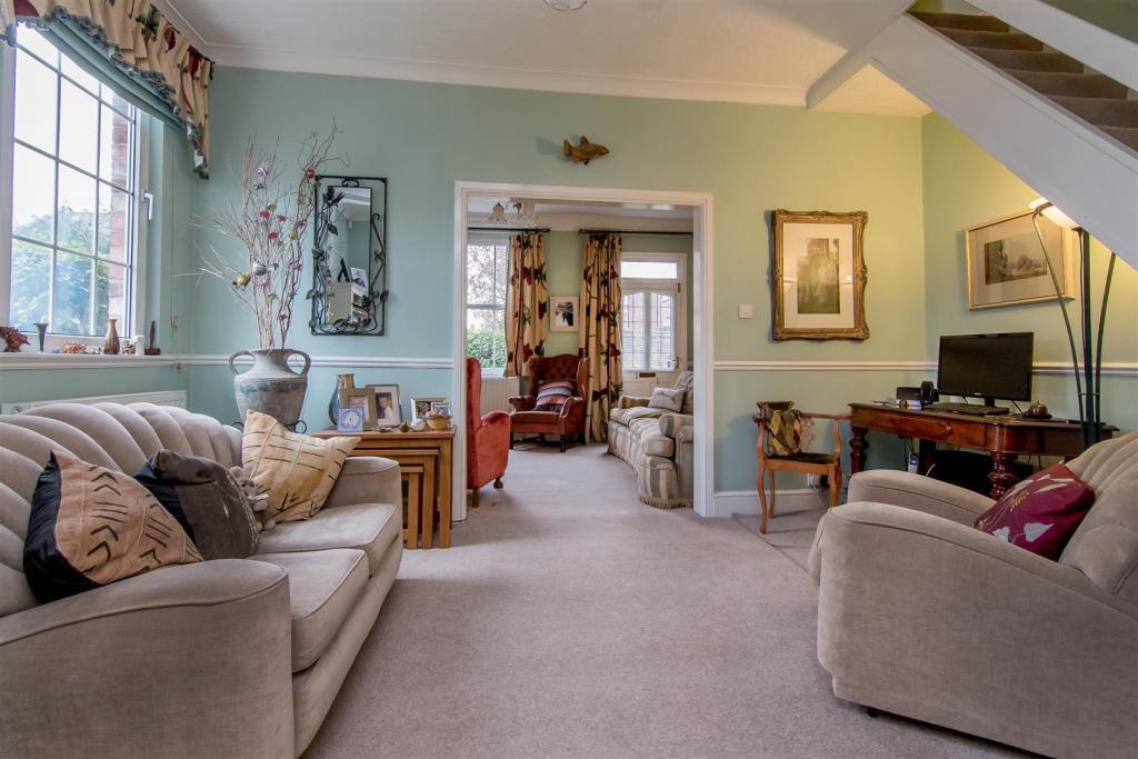 5 Bedroom Semi Detached House For Sale In Castle Street