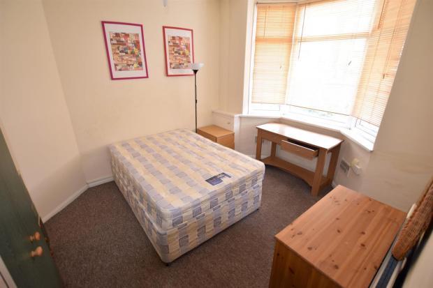 Reception Room/ Bedr
