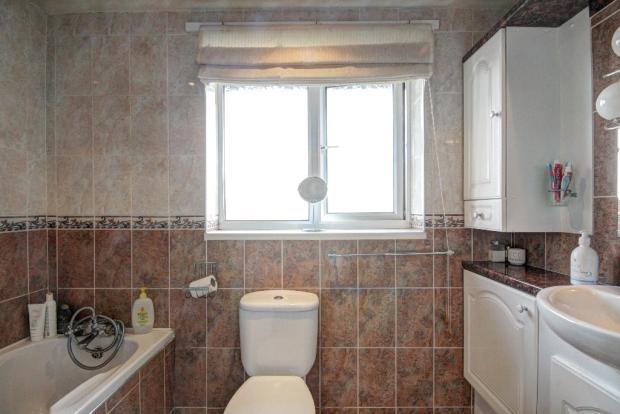 Familyt bathroom