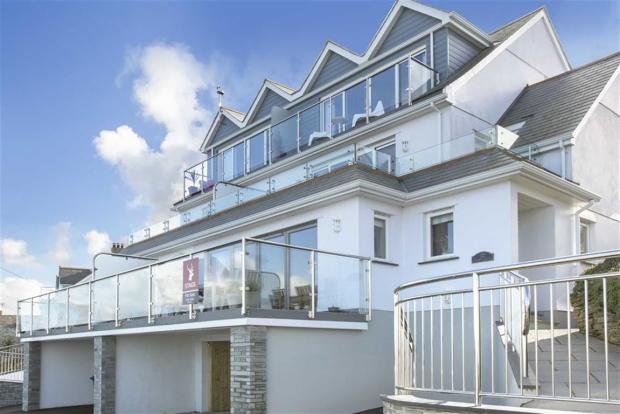 5 Bedroom Semi Detached House For Sale In The Terrace