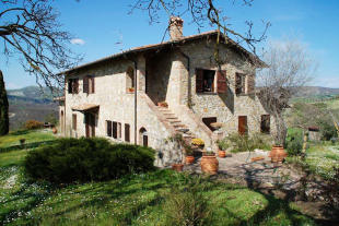 3 bed Country House for sale in San Casciano dei Bagni