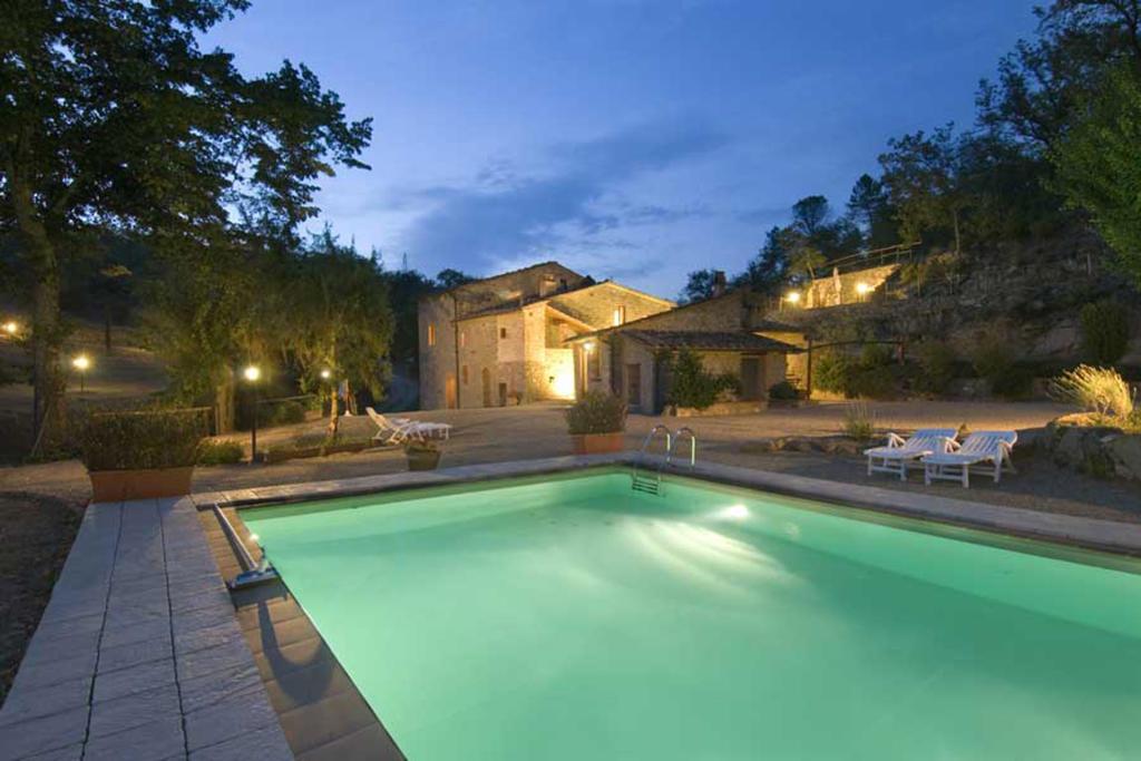 5 bedroom Country House in Bucine