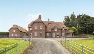 5 bed Detached home in The Gables, Balla...