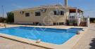 Detached house in Muchamiel, Alicante...
