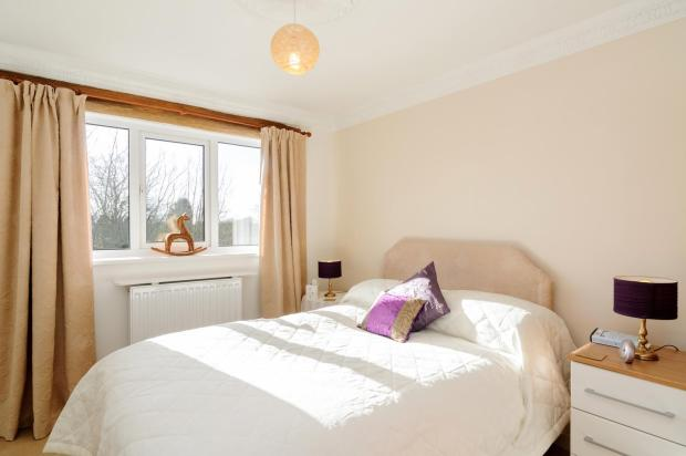 4th bedroom_096.jpg