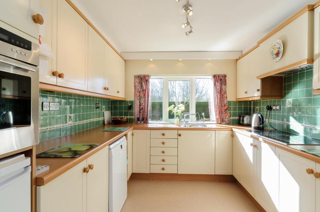 kitchen_058.jpg