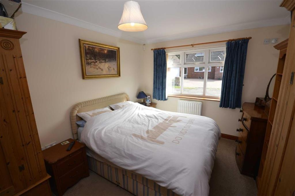 Bedroom/En-Suite