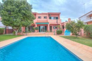 4 bedroom Villa in Almancil, Algarve
