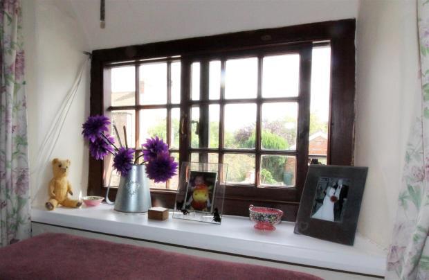 1013_Clara's Cottage