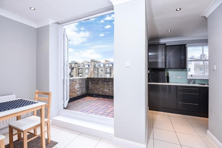 Balcony_kitchen
