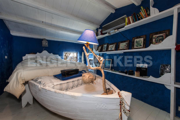 Fishing boat bedroom