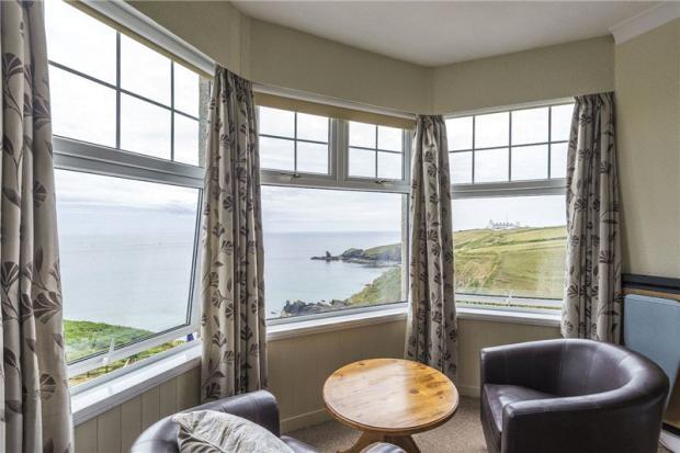 Bay Window Seaward
