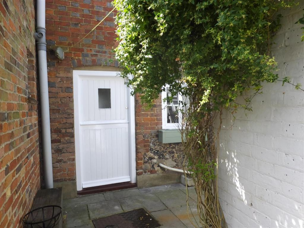 2 church cottage (3)