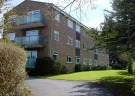 2 bed Flat in Bincleaves Court...