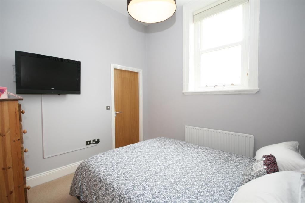 NEW BEDROOM ONE 2.JP