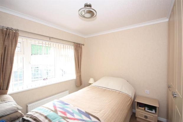 BEDROOM.2.