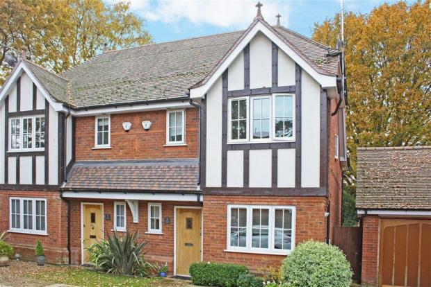 4 bedroom semi detached house for sale in winbury place maidenhead berkshire sl6