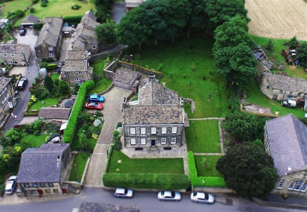 4 Bedroom Detached House For Sale In 64 Wooldale Road