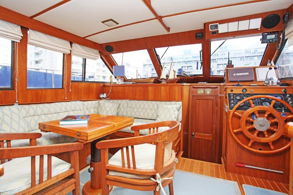 2 bedroom house boat for sale in chelsea harbour chelsea sw10 sw10