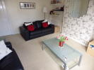 Flat to rent in Green Road, Paisley, PA2