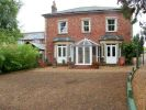 4 bed Detached house in Prospect Place...