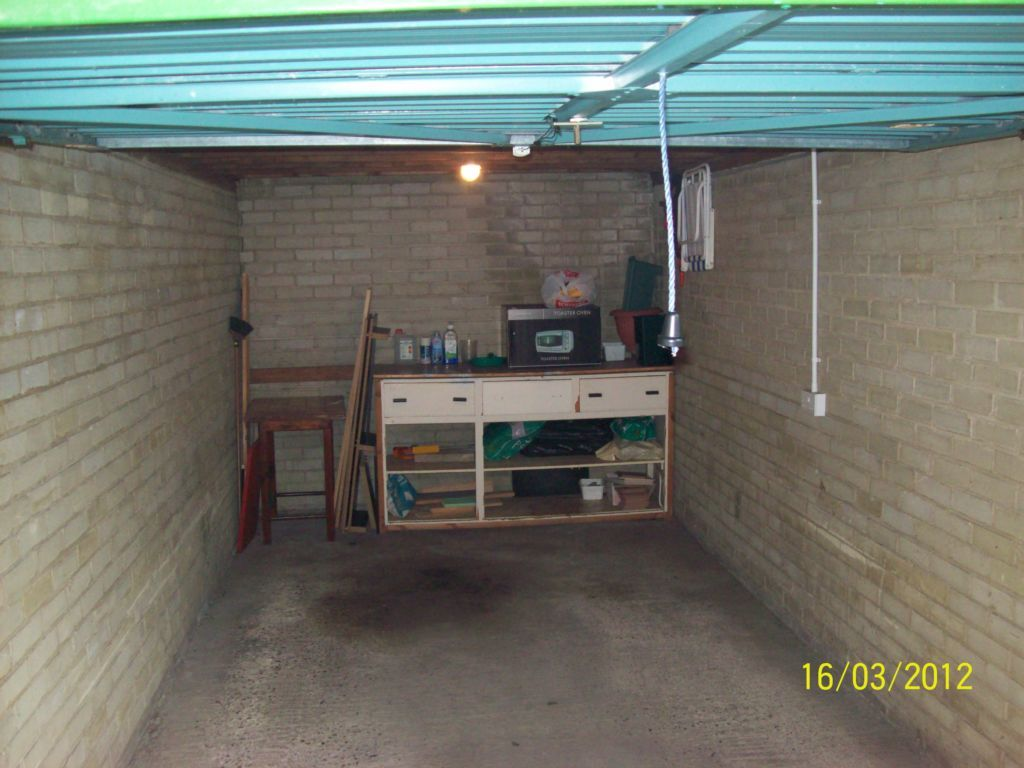 Garage To Rent In Sandgate Road Folkestone Ct20 Ct20