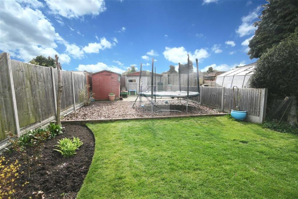Rear Garden Aspect T