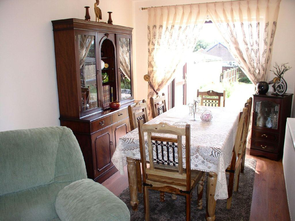 Dining Area Picture