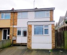 End of Terrace home to rent in Dockfield Avenue...