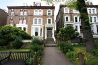 Apartment to rent in Belsize Avenue...