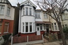 3 bedroom Flat to rent in Fleetwood Avenue...
