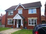 4 bed property in Hoveton Way, Ilford...