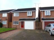 4 bed Detached house in Woodloes Avenue South...