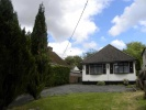 3 bed Detached Bungalow in Dunstable Road, Studham...