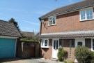 semi detached house to rent in Longmead, Liss