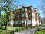 Flat to rent in Regent Court, Basingstoke