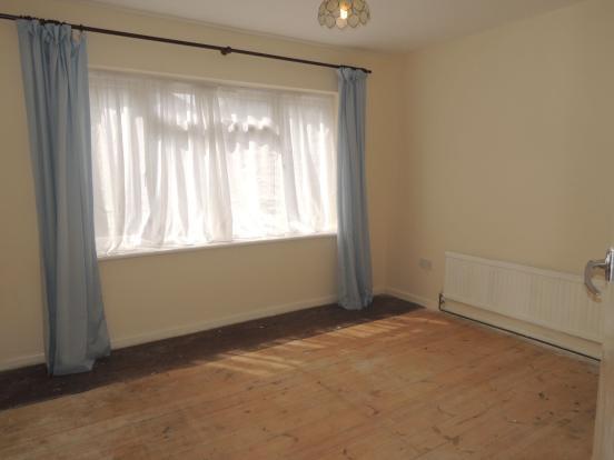 GROUND FLOOR BEDROOM