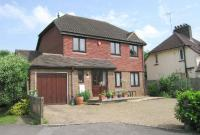 3 bedroom Detached property in HORSHAM
